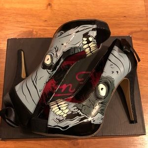 BNIB Iron Fist Monster Heels